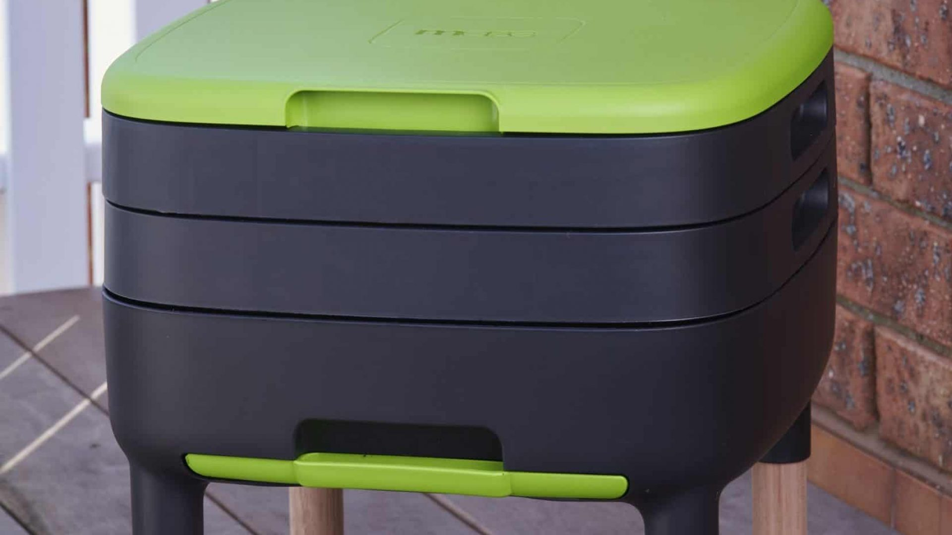 Best Indoor Worm Composters: 6 Mess-Free & Stylish Options
